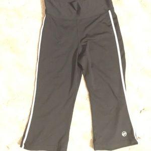 EUC Mossimo Athletic Yoga crop Pants leggings M